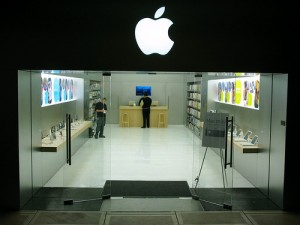 flickr-apple-mini-retail-store-by-pinq-pinq